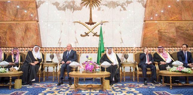 Arabia-Saudi-honores-Juan-Carlos_EDIIMA20151201_0559_18