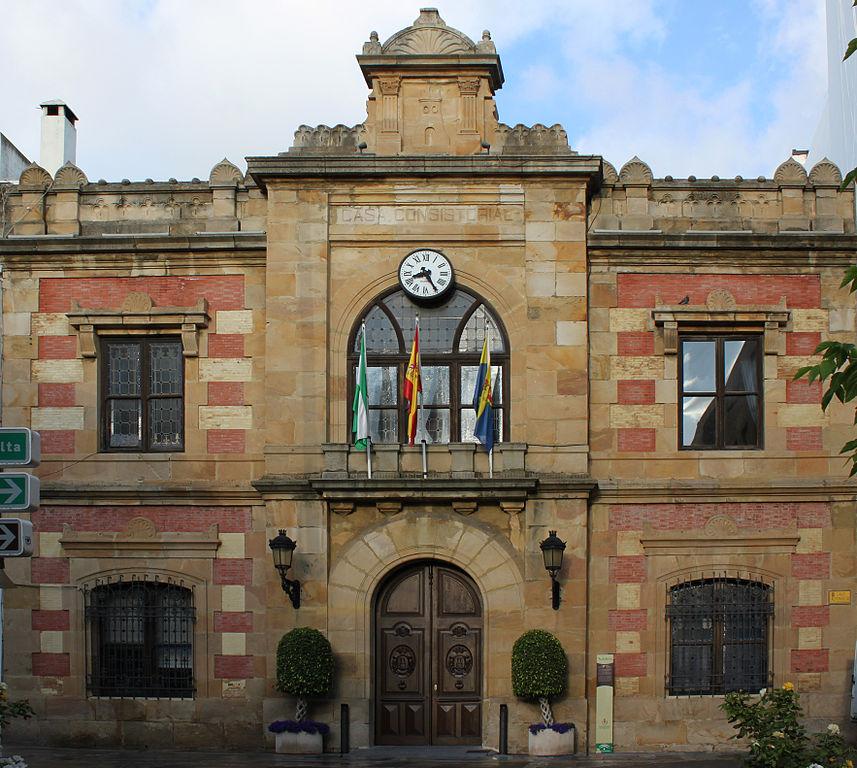 Ayuntamiento de Algeciras. Foto: Falconaumanni (Wikimedia commons CC BY-SA 3.0)